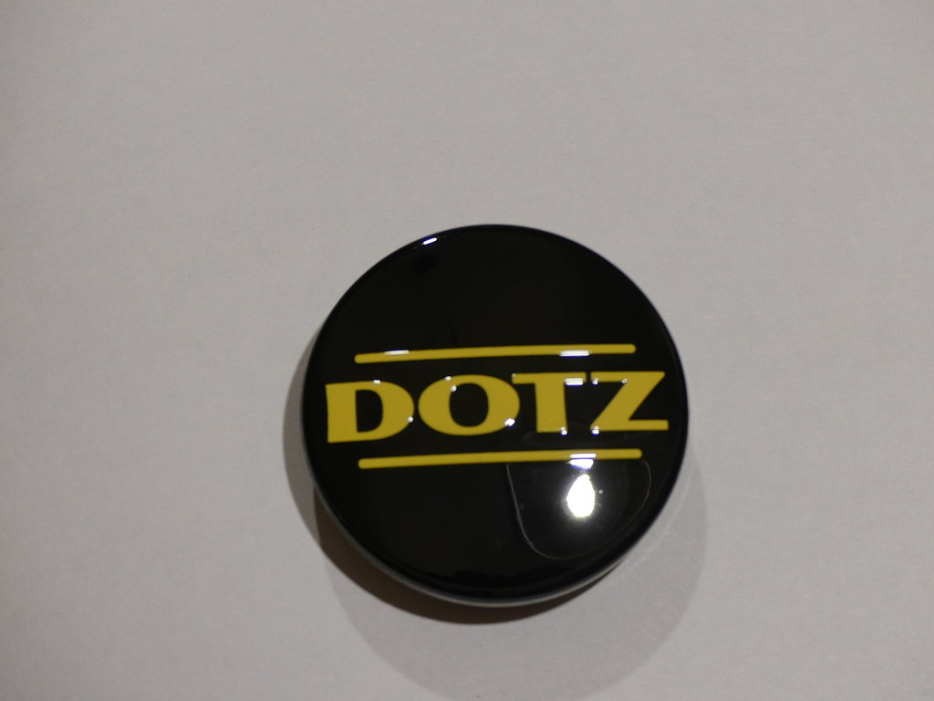 1 DOTZ Nabenkappe 60 mm Black